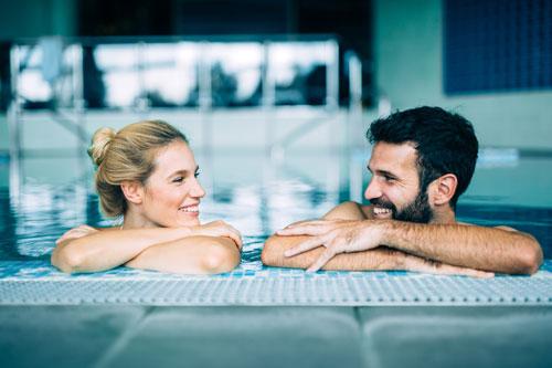 Antirutschbeläge im Schwimmbad